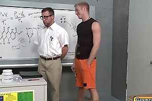 Student let his Teacher swell up his dick