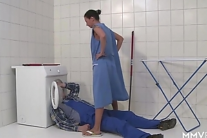MMV FILMS German Old woman draining the plumber