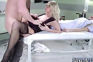 Gorgeous Patient (jessa rhodes) Succeed in Sex Treat From Dirty Mind Doctor vid-15