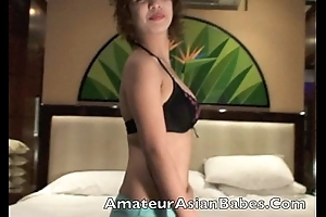 FilipinaWebcam Asian amateurs strip in hotel finger fuck masterbate