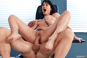 Doctor cums on patient's paws after acquiescent fucking